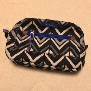 Vera Bradley Medium Cosmetic Bag in Lotus Chevron